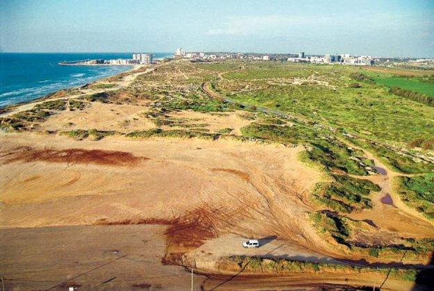 חוף התכלת תמונה מהשטח